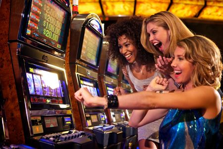 UK Casino Games Bonuses – Get £200 Free Bonus + More To Play and Win!